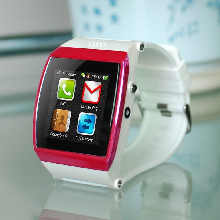 orologio telefono con sim
